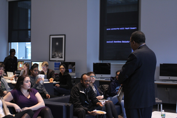 Clarence Page speaks to J-school students